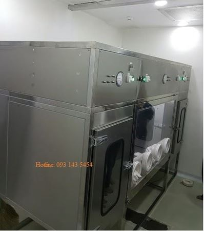 Picture for category Class III biological safety cabinet